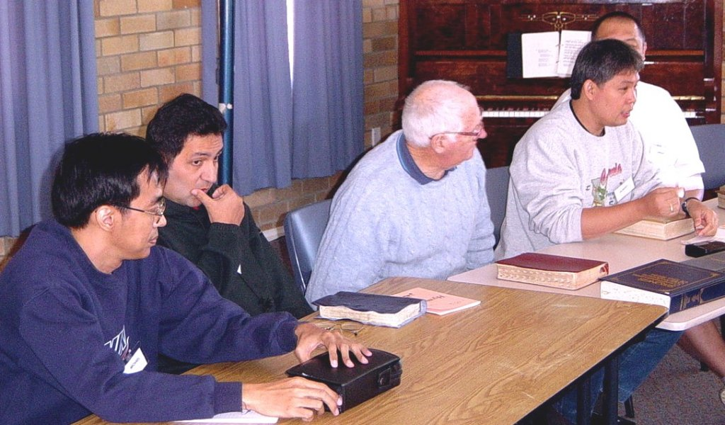 2003 - Question time at Conference. The panel L to R: Michael Paz, Ramon Perez, Athol Walter, Albert Sison, Dwight Chua.
